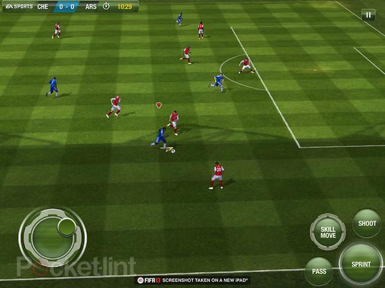 FIFA-13-iOS-inGame-2 Novas imagens de FIFA 13 para iPhone e iPad!