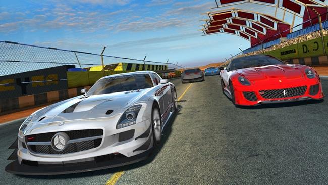 GTR2_screen_1 GT Racing 2 - Jogo já está disponível para Download no iPhone e iPad