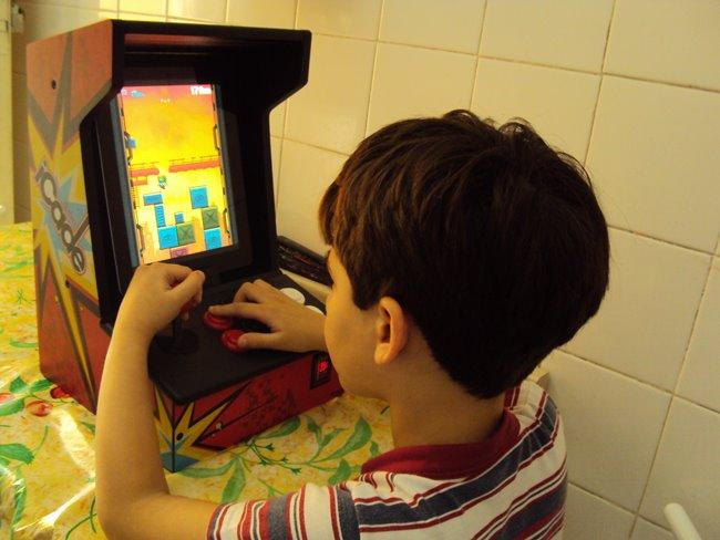 Análise-iCade-iPad-2 Análise do controle iCade ION - Transformando o iPad num arcade