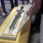 infinity-blade-sworld-5-150x150 Infinity Blade: funcionários da ChAIR recebem réplica da espada