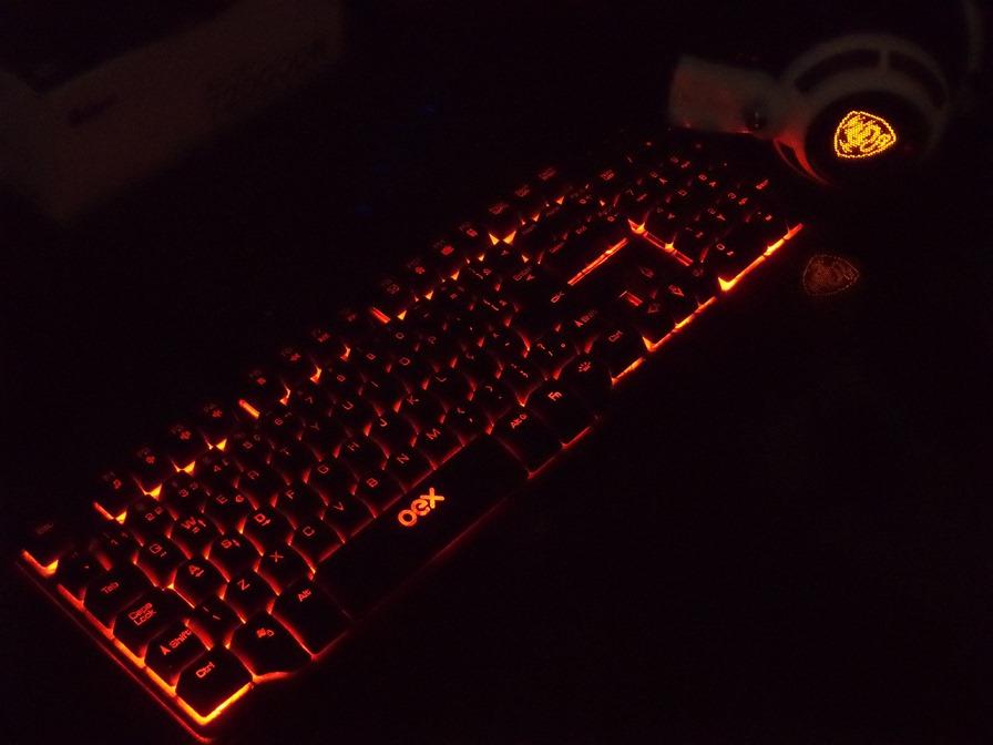 Resultado de imagem para teclado oex TC201