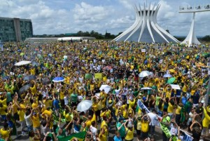 manifestacao-brasilia-300x201 manifestacao-brasilia