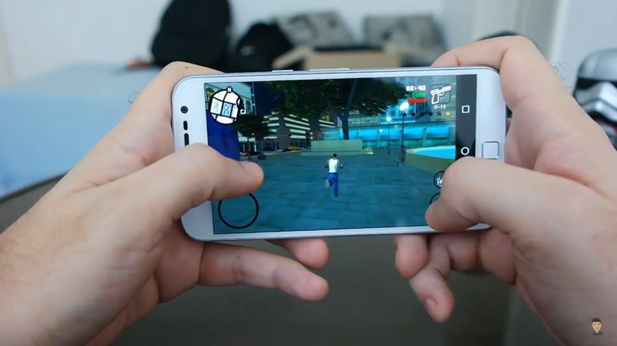 """moto-g-4-games-pesados Veja o Moto G4 Plus rodando games """"pesados"""" do Android"""