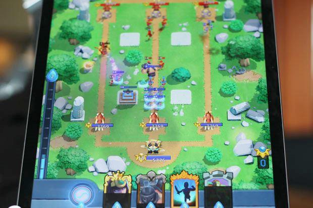 smite-rivals-android-ios Conheça Jogos Parecidos (e Clones) de Clash Royale
