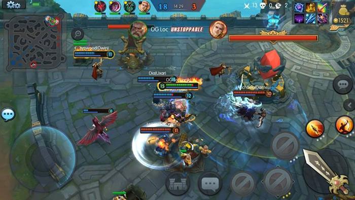 moba-legends-android-ios MOBA Legends: conheça jogo maluco que reune King Kong e Robocop!