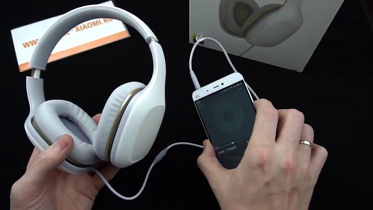 Original-Xiaomi-Headphones-Relaxed-Version Oneplus 3T, K10000 e mais: confira a promoção de verão na GearBest