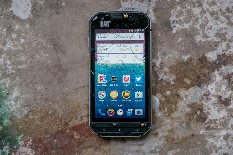 cat-s60 Os 5 Smartphones mais Resistentes de 2017 (prova d'água, choque, queda)
