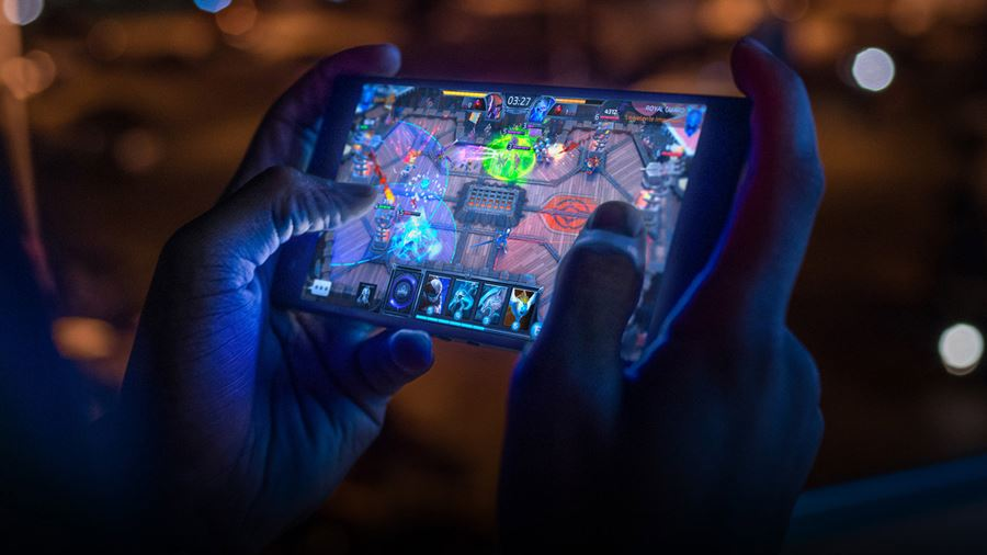phone-c2-usp01-fastest-screen-desktop Razer Phone 2 chegou... mas vale a pena?