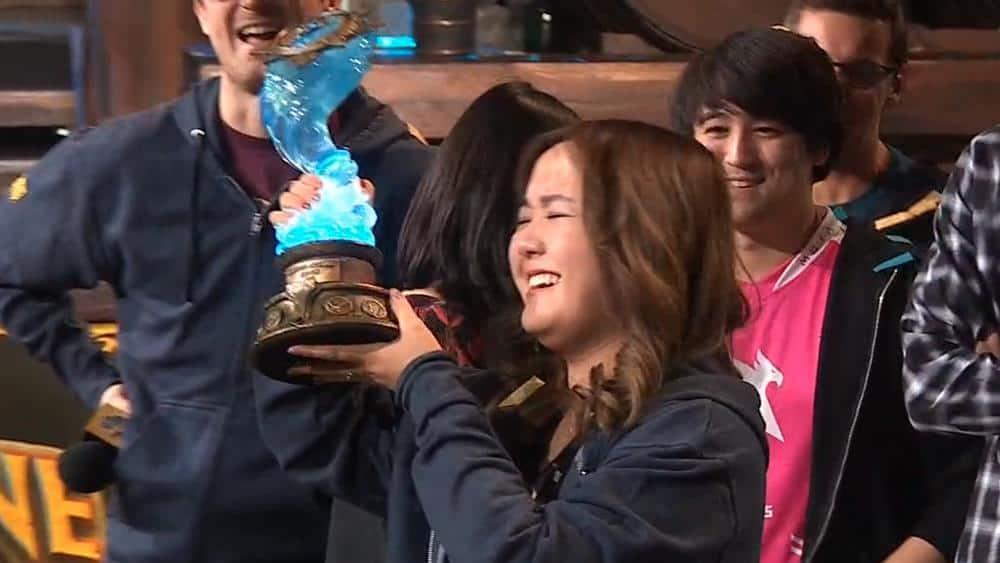 VKLiooon-primeira-mulher-vencer-campeonato-mundial Hearthstone: VKLiooon é a 1ª mulher a vencer o campeonato mundial