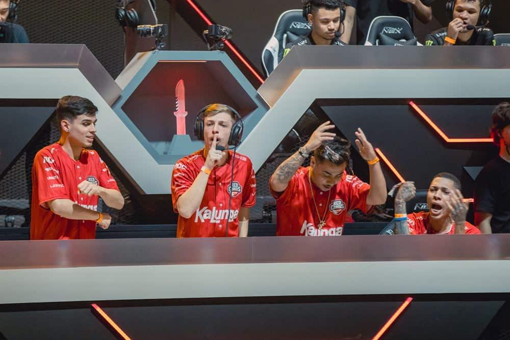 """red-kalunga-lbff RED Canids Kalunga é campeã do sul-americano """"Gigantes Free Fire"""""""